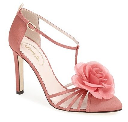 sjp-sarah-jessica-parker-shoe-collection-photos23 cr