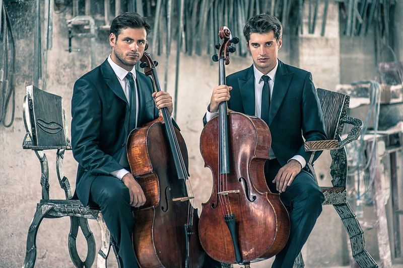 2CELLOS LUPINO 6