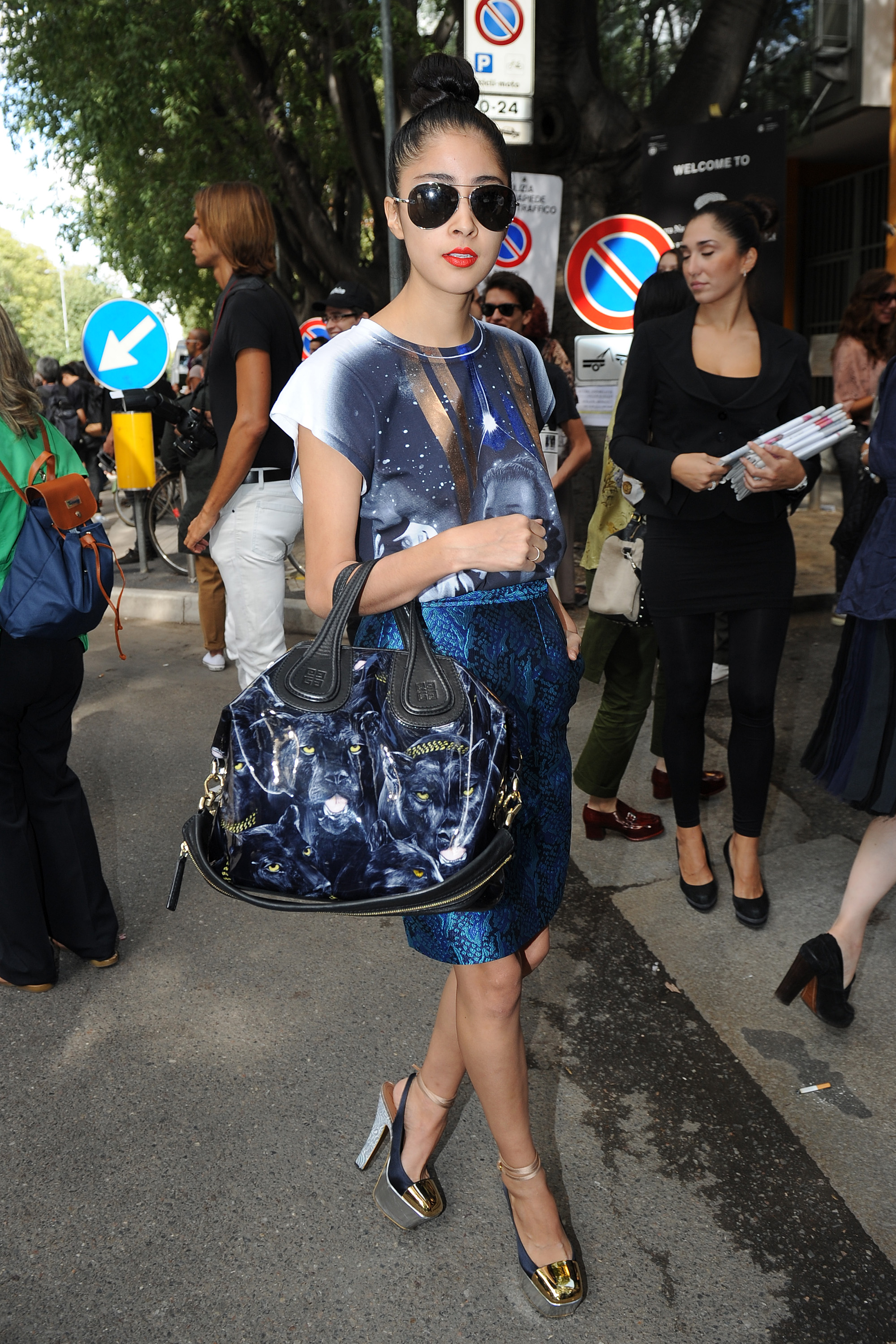 Denni-Elias-carrying-one-fierce-Givenchy-bag-she-arrived