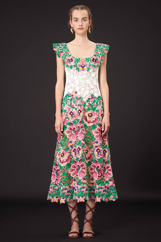 640x960xValentino-Resort-2015-13.jpg.pagespeed.ic.N XCys2rVh
