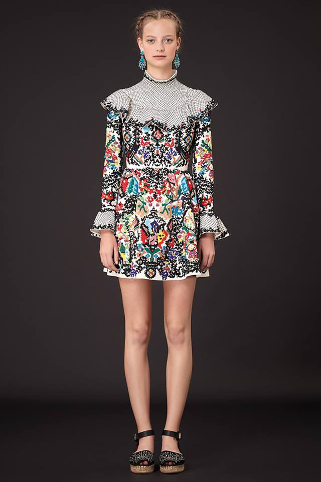 640x960xValentino-Resort-2015-18.jpg.pagespeed.ic.ZtoBemdf2F