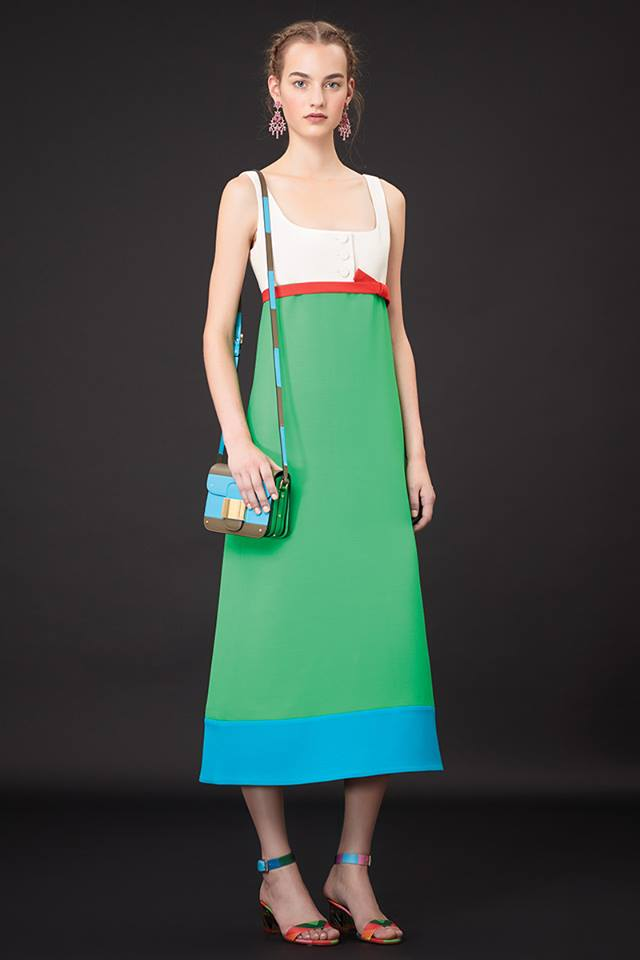 640x960xValentino-Resort-2015-31.jpg.pagespeed.ic.T7dew4I8lW