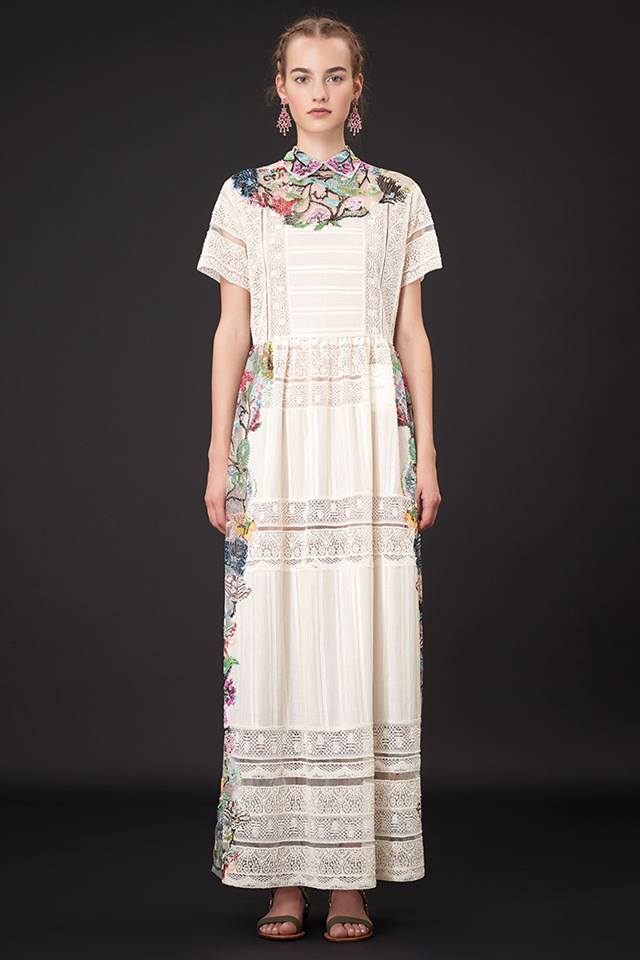 640x960xValentino-Resort-2015-4.jpg.pagespeed.ic.IGMCNPAhZV
