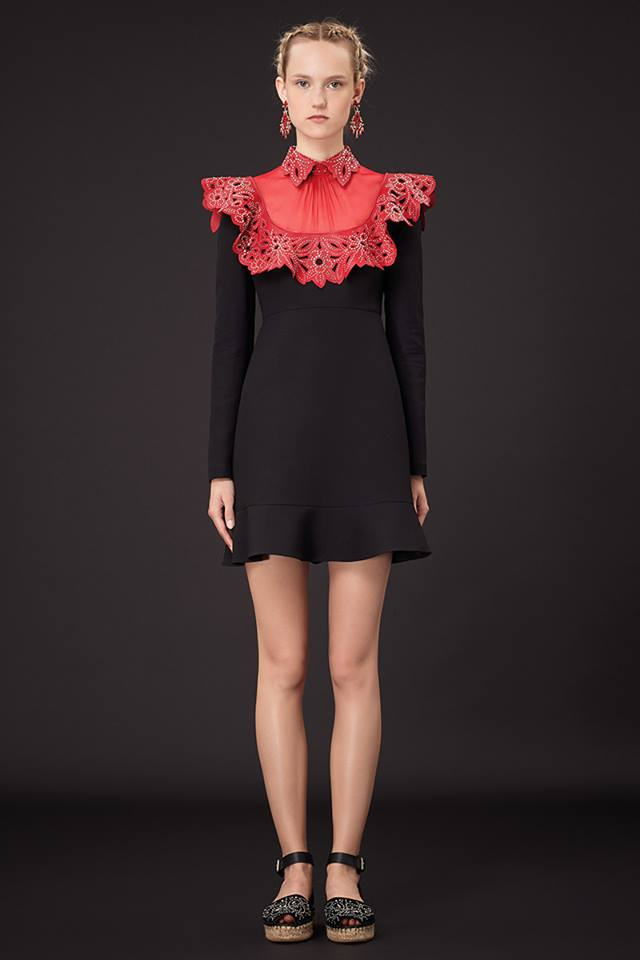 640x960xValentino-Resort-2015-45.jpg.pagespeed.ic.XxwLrHkqMa