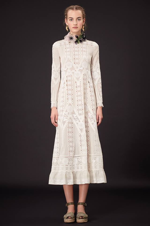 640x960xValentino-Resort-2015-6.jpg.pagespeed.ic.V5chopJp5G