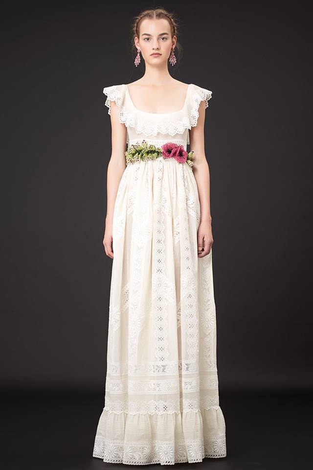 640x960xValentino-Resort-2015-7.jpg.pagespeed.ic.8O6YUfZ p
