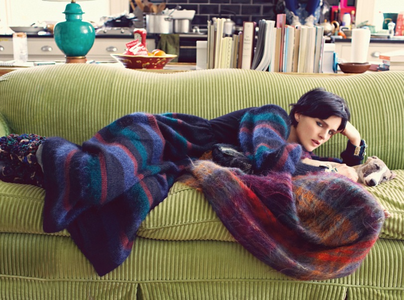 Stella Tennant in July Vogue wearing Scottish knitwear by Chanel - Copy