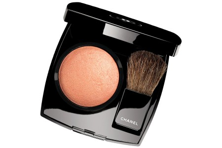 Chanel-Holiday-2014 Chanel-Joues-Contraste-in-Caresse limited-edition-450x300