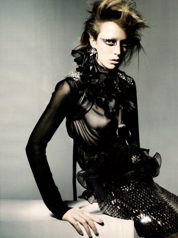 raquel-zimmermann-by-nick-knight-for-vogue-uk-november-2010-refined-rebel-10