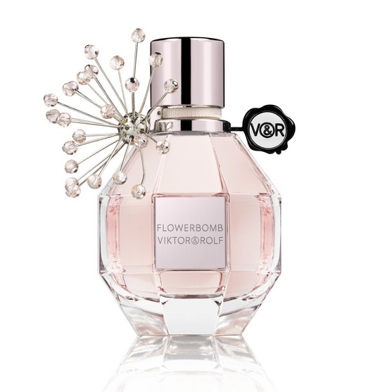 Flowerbomb Holiday 2015 cr