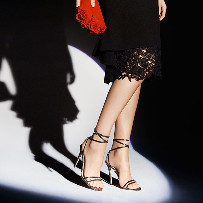 Jimmy-Choo-Memento-20th-Anniversary-Collection04