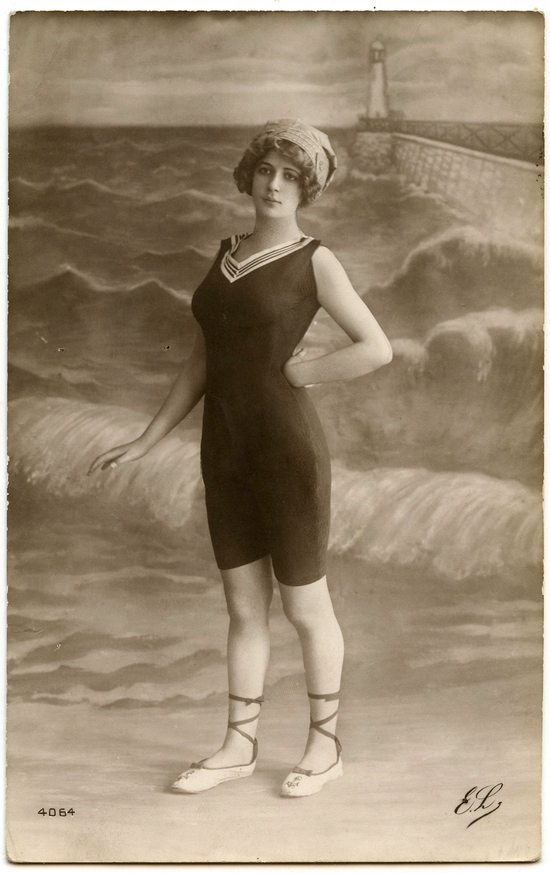 Vintage-Bathing-Suit-Photo-GraphicsFairy