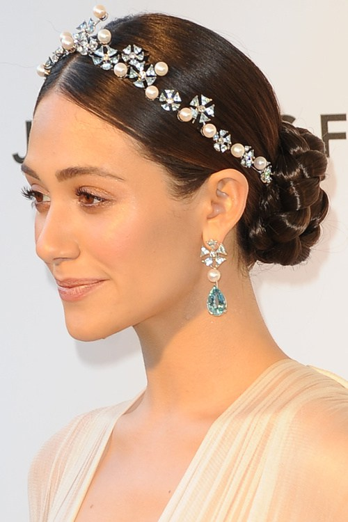 9-sleek-braided-bun-with-a-jeweled-headband