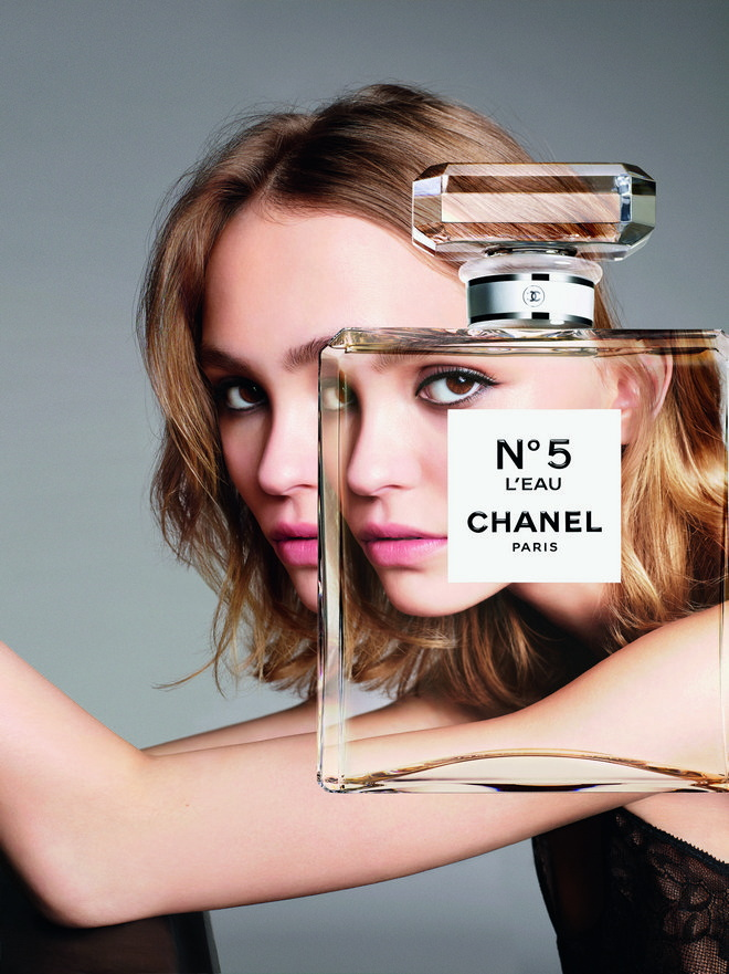 chanel lily
