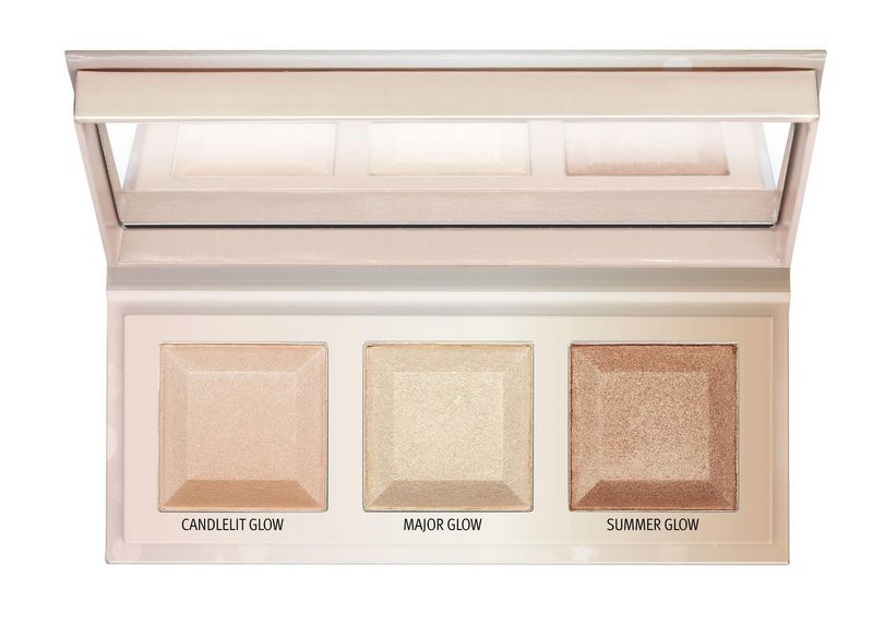 4059729255464 essence CHOOSE YOUR Glow highlighter palette Image Front View Full Open jpg