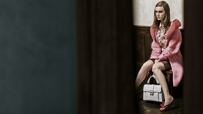 miu-miu-spring-2015-ad-campaign-photos02 cr