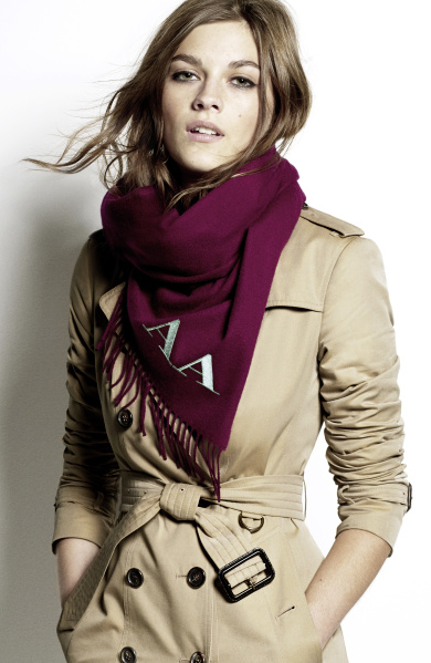Burberry Scarf Styling - The Bandana step four featuring Amber Anderson