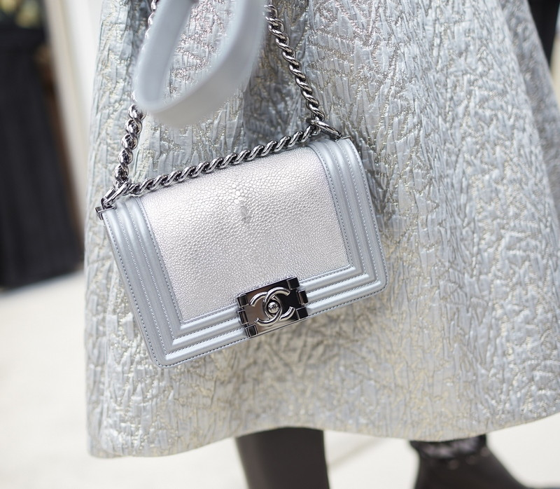 01 Backstage - close-up accessories by Stéphane Gallois LD