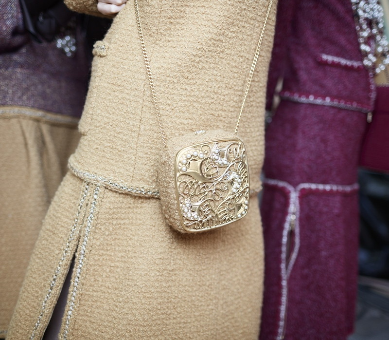 16 Backstage - close-up accessories by Stéphane Gallois LD