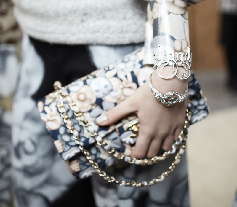 21 Backstage - close-up accessories by Stéphane Gallois LD