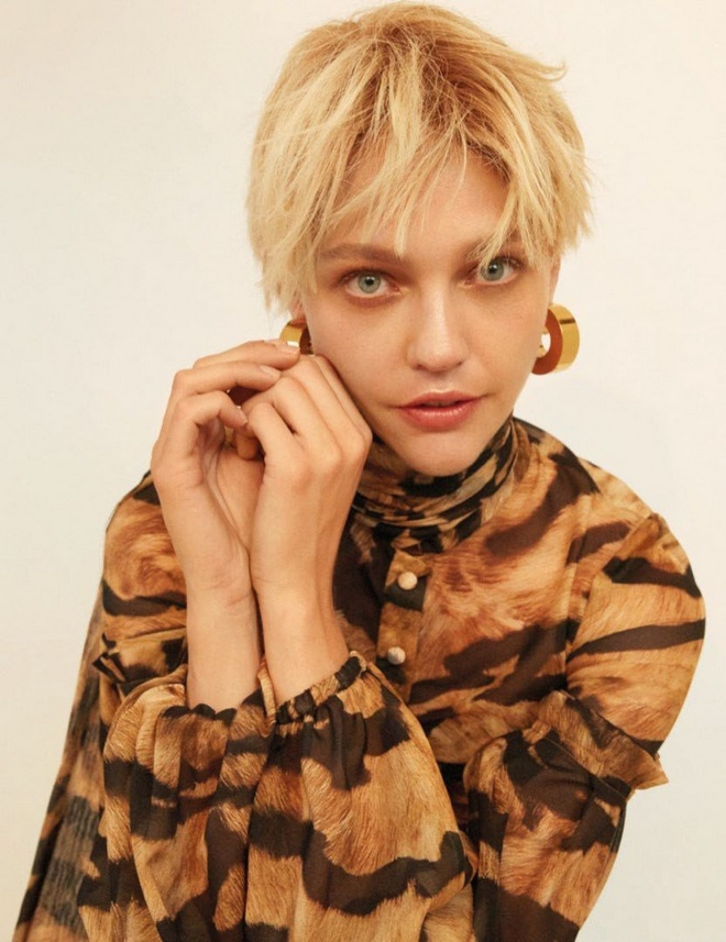 Sasha Pivovarova Vogue Thailand Cover Photoshoot02 1